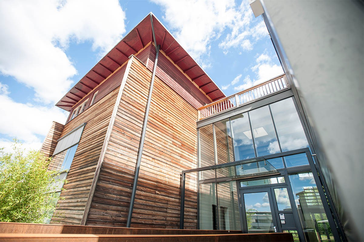 Cosmetics Industry, Beauty Industry - Office Outside Glas, and Wood Structure | USP Solutions